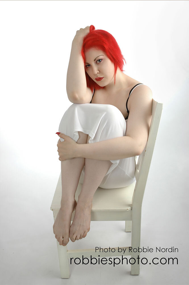 Cynda Red 2