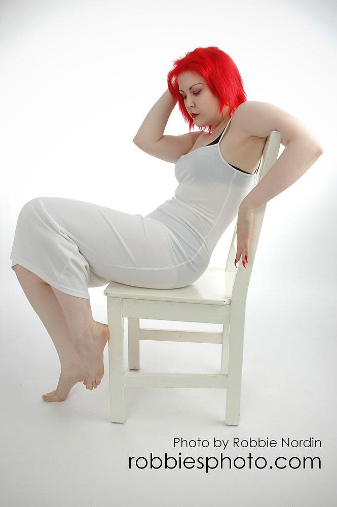 Cynda Red 4